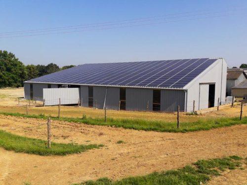 Hangar solaire 780m2 100kWc Pays-de-la-Loire Elyor group
